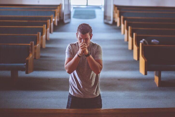 por que a igreja nao ora